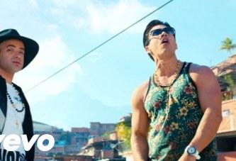 Chino & Nacho ft. Farruko – Me Voy Enamorando| Video Oficial
